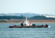 Storebror & Barge at Calshot