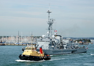 FNS Latouche Treville D646 assisted by SD Bustler