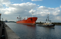 Bregen on the Manchester Ship Canal at Ellesmere Port