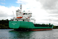 Arklow Falcon passing Thelwall Ferry