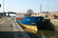 Linnau at Latchford Locks
