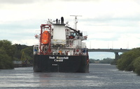 Stolt Razorbill passing Thelwall Ferry on the Manchester Ship Canal