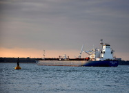Minerva Elpida arriving for Fawley