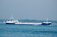 Victress IMO 9030498 1512gt Built 1992 General Cargo Ship arriving for Cowes