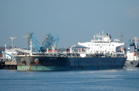 Valdarno IMO 9417335 60185gt Built 2010 Crude Oil Tanker Esso Berth No 5 Fawley
