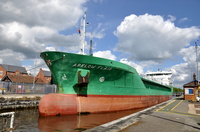 Arklow Flair in Latchford Locks 6th May 2014