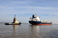 Lokholmen & Tug Millgarth  at Eastham 22nd March 2015