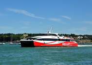 Red Jet 6 departing West Cowes