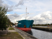 Mia Sophie B at Irlam Locks